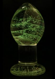 Glass-Butt-Plug-Glow-In-The-Dark